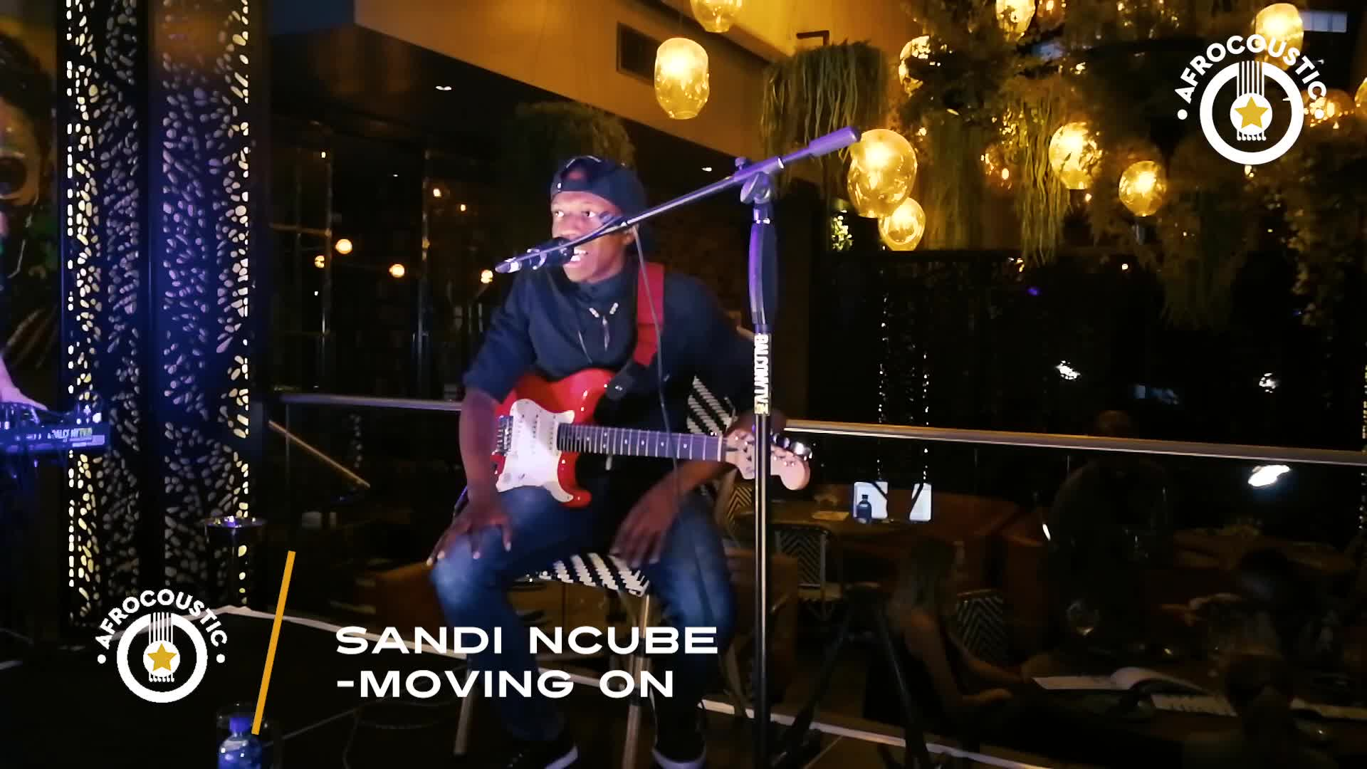 Afrocoustic Sandi Ncube - Moving On
