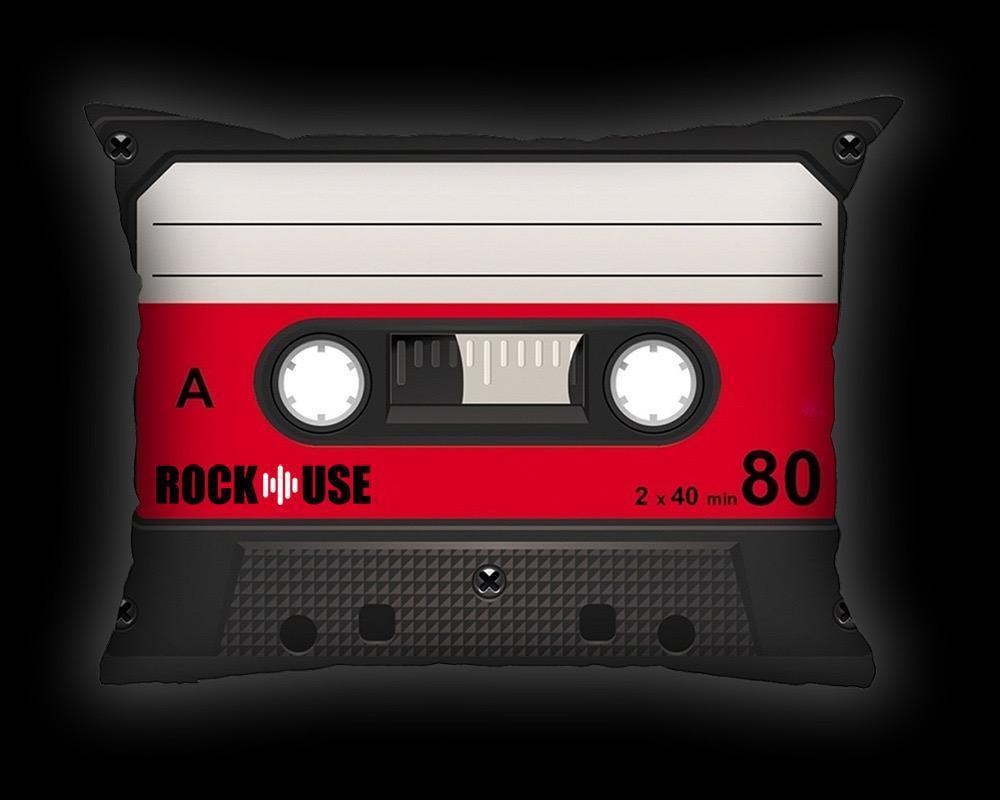 Almofada Fita Cassete - Vermelha