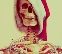 A very creepy secret santa by Skyesamara