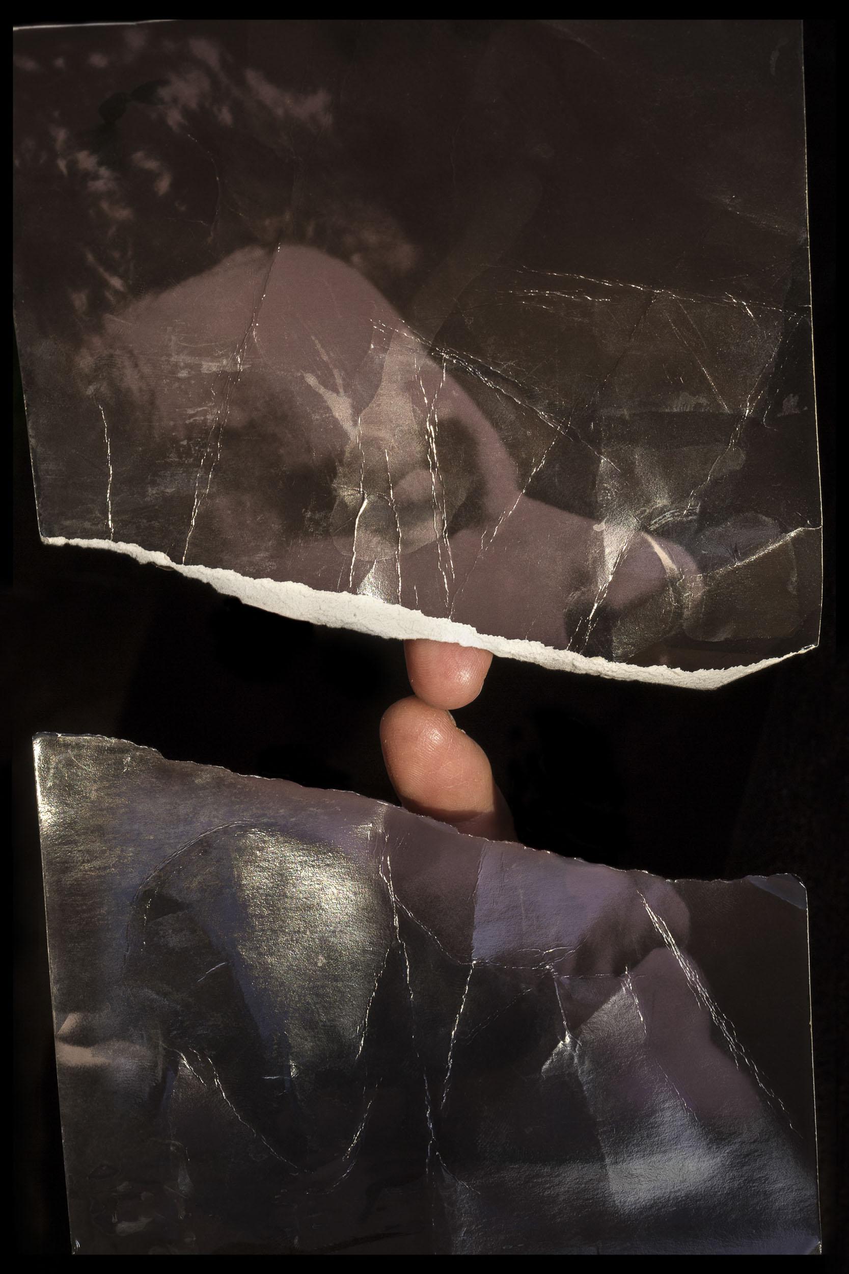 The Cut (May I?), 33.4*22 inch, Archival Inkjet Print