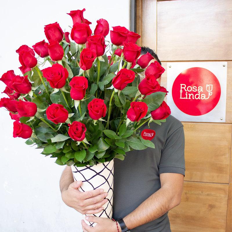 Flores a domicilio: Significado de las rosas rojas