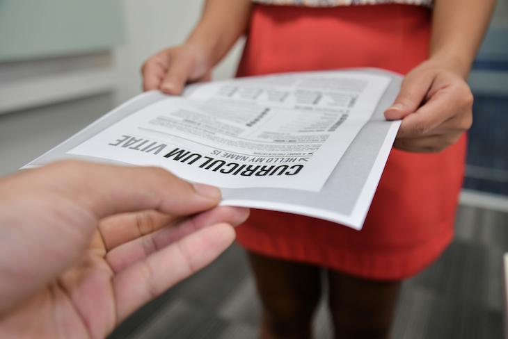 履歴書を修正するのはあり?記載のミスをしたときの適切な対処法を紹介