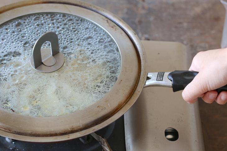 もう失敗しない!カリッと焦げ目が美しいおうち餃子の焼き方