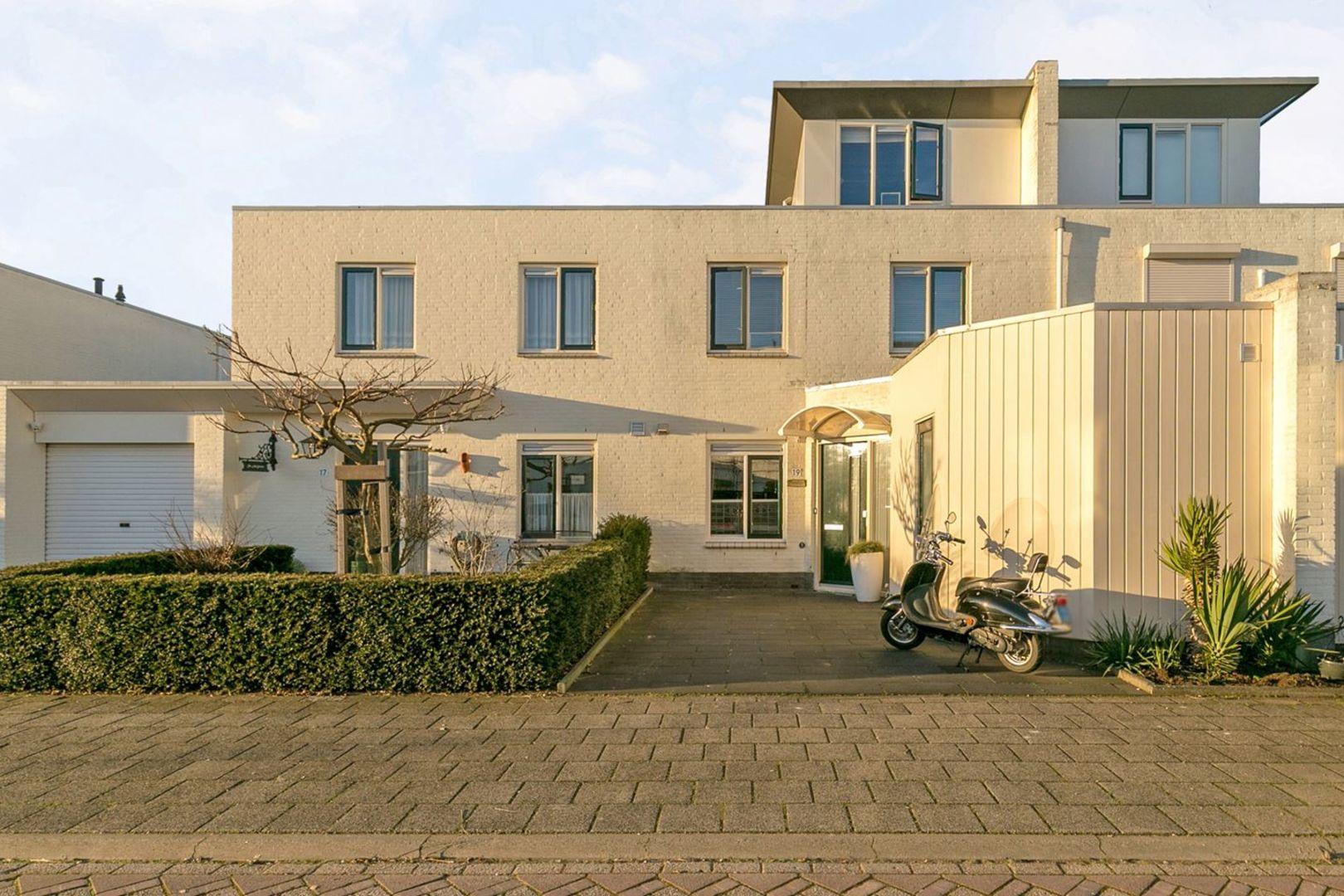 Monteverdistraat, Capelle aan den IJssel foto-0