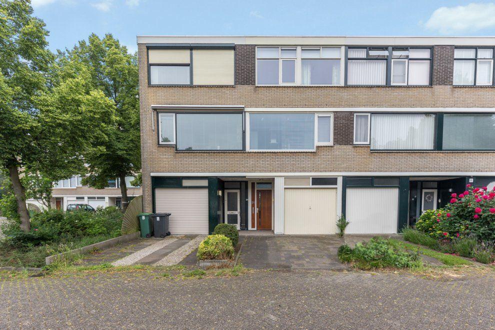 De Bourbonstraat 21, Zoetermeer foto-0