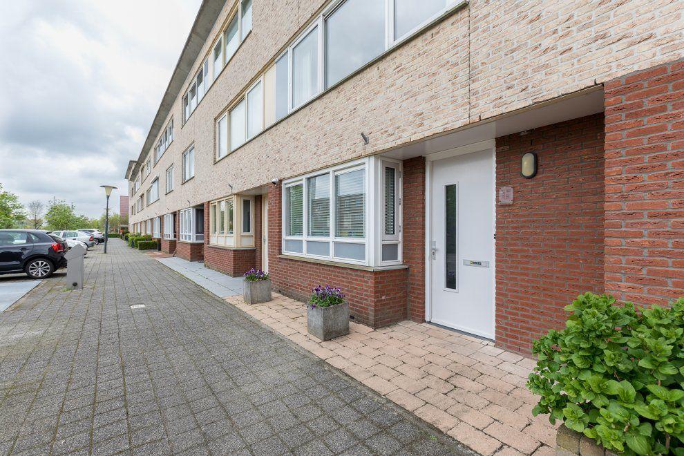 Nieuwlandstraat 32, Zoetermeer foto-1