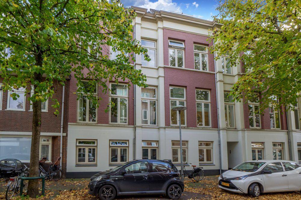 Mgr. van de Weteringstraat, Utrecht foto-0