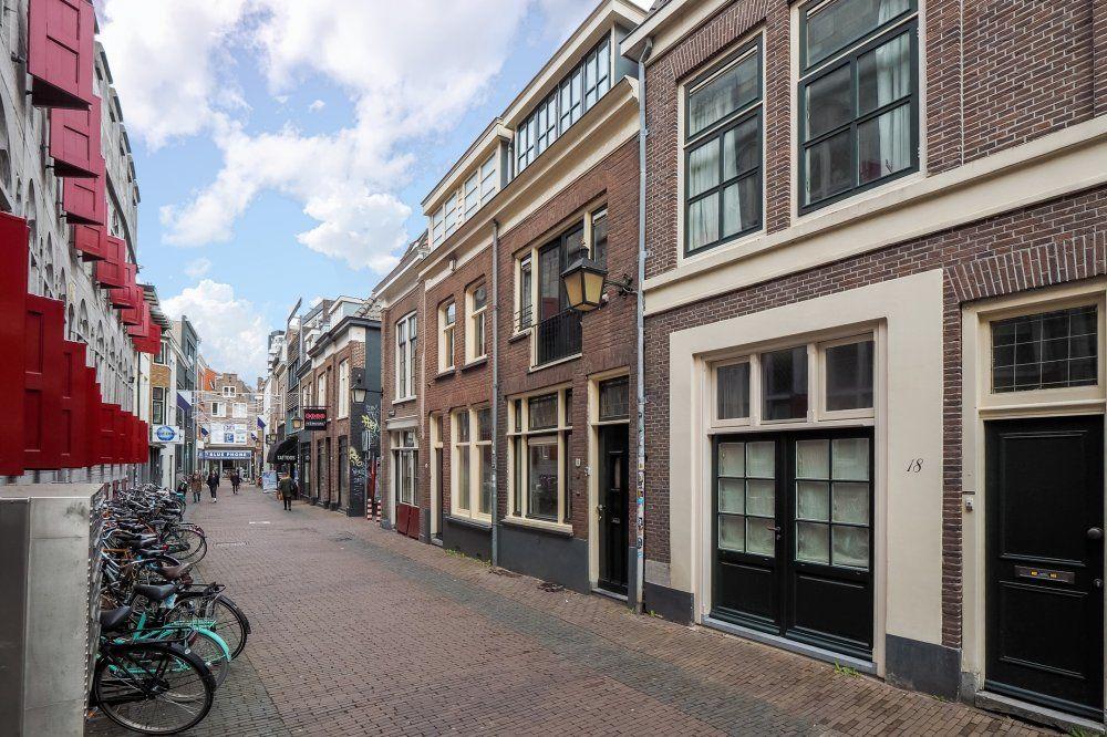 Donkerstraat, Utrecht foto-0