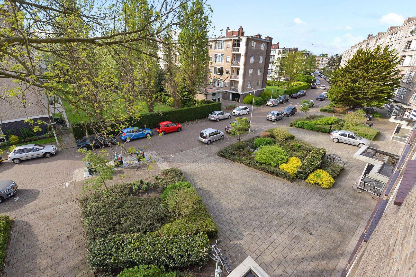 Smaragdhorst 356, Den Haag foto-18