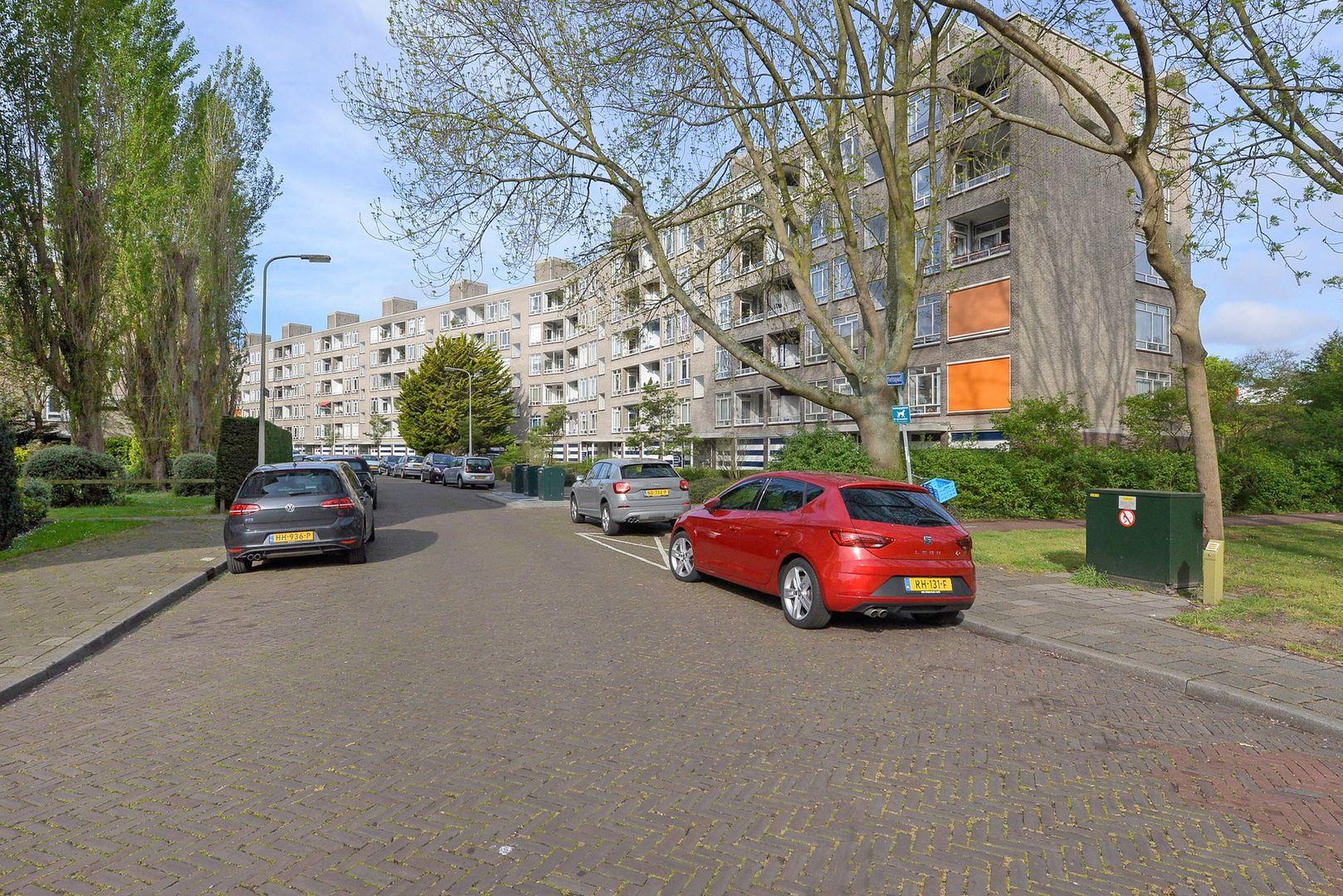 Smaragdhorst 356, Den Haag foto-15