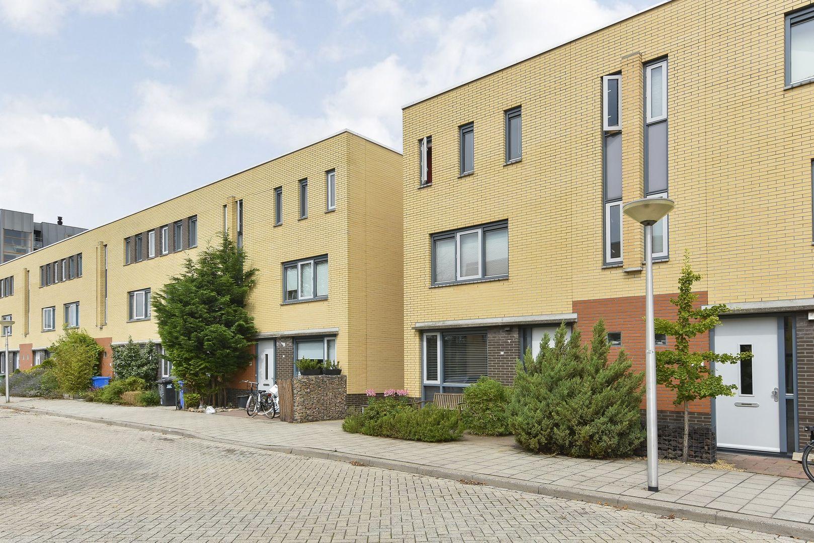 Laan van Braat 19, Delft foto-1