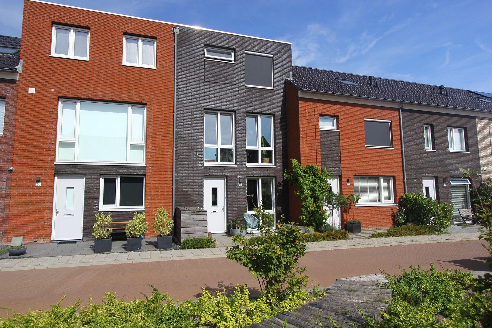 Van der Maareltuinen 18, Delft foto-0