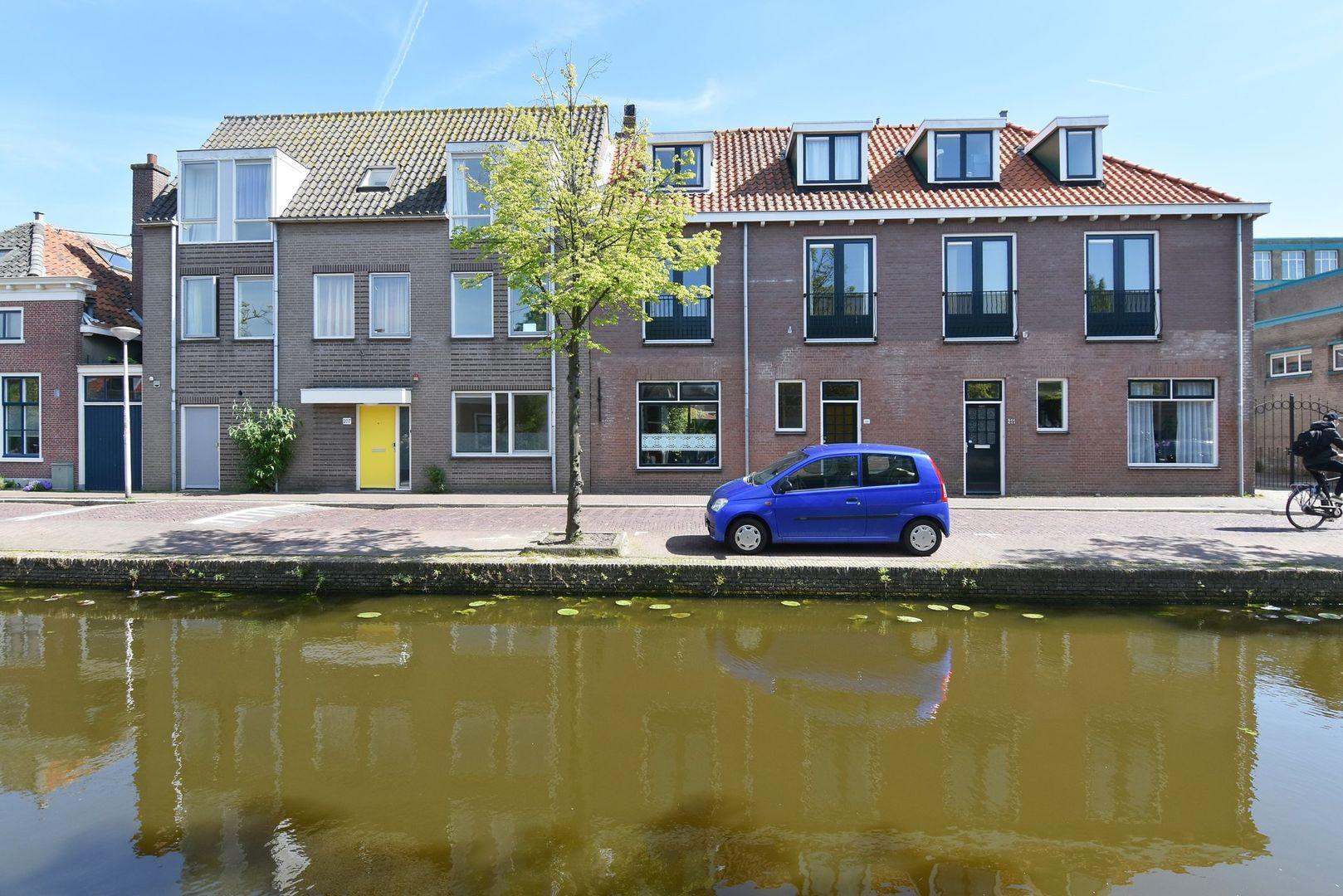 Buitenwatersloot 209, Delft foto-1