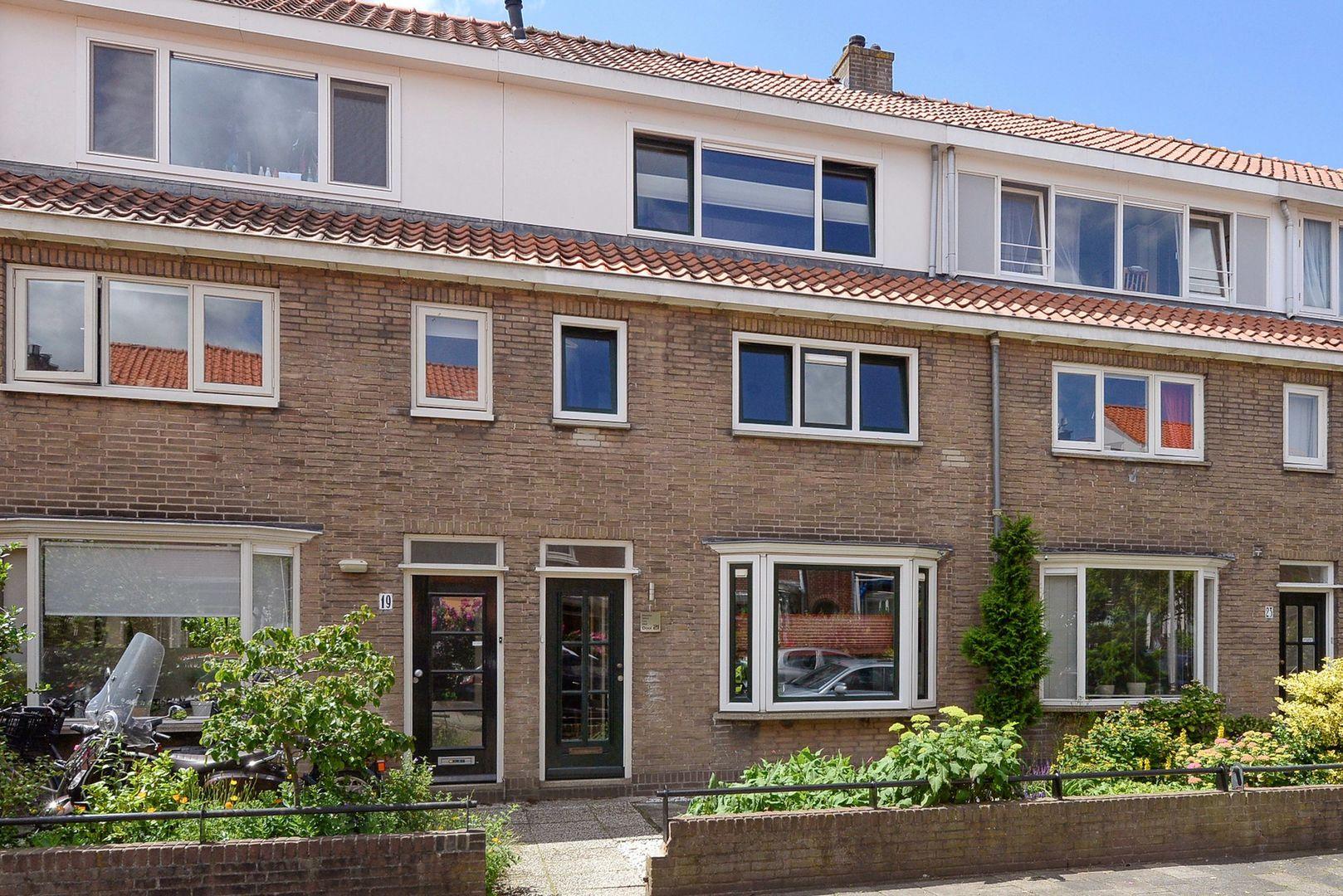 Mackaystraat 21, Delft foto-0