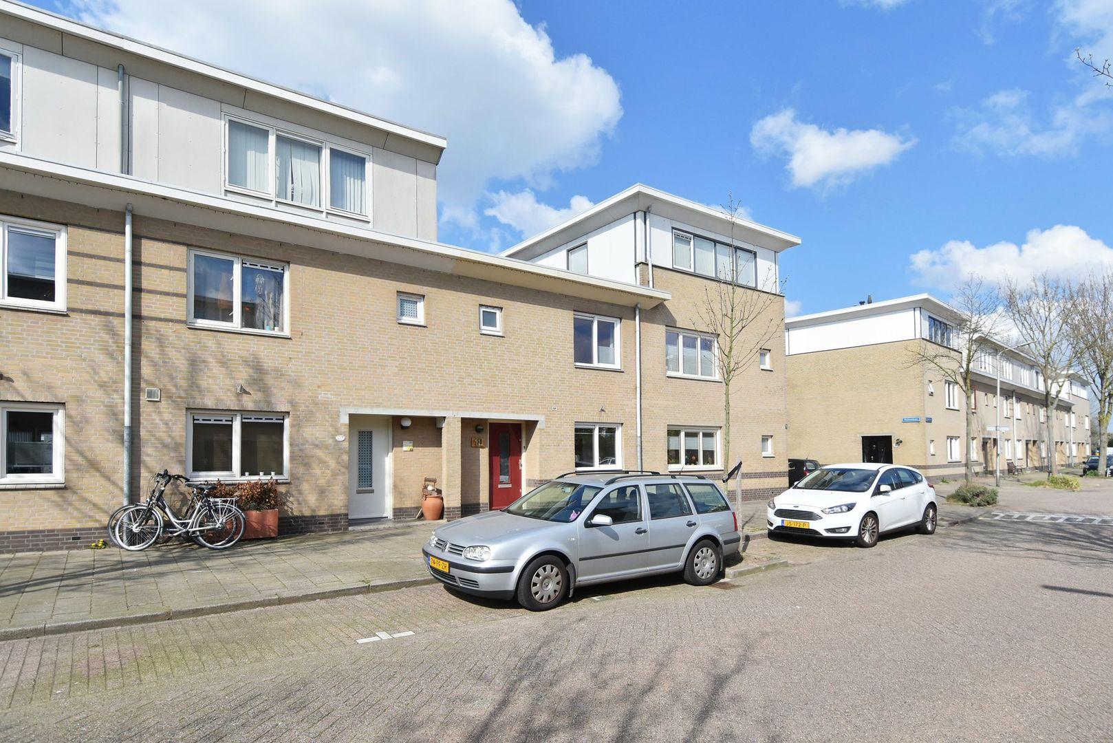 Zambezilaan 18, Delft foto-1