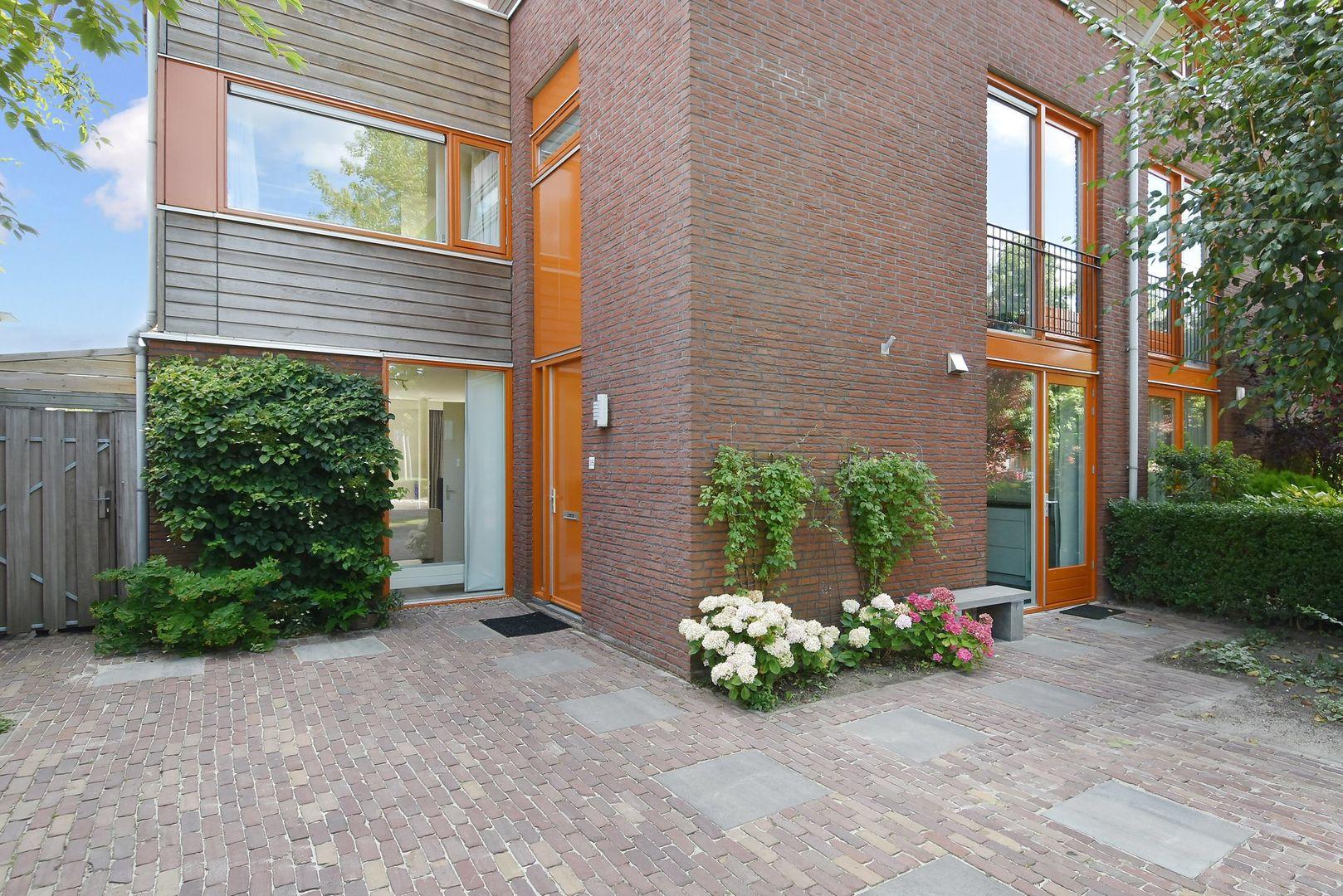 Buizerdlaan 35, Den Haag foto-1