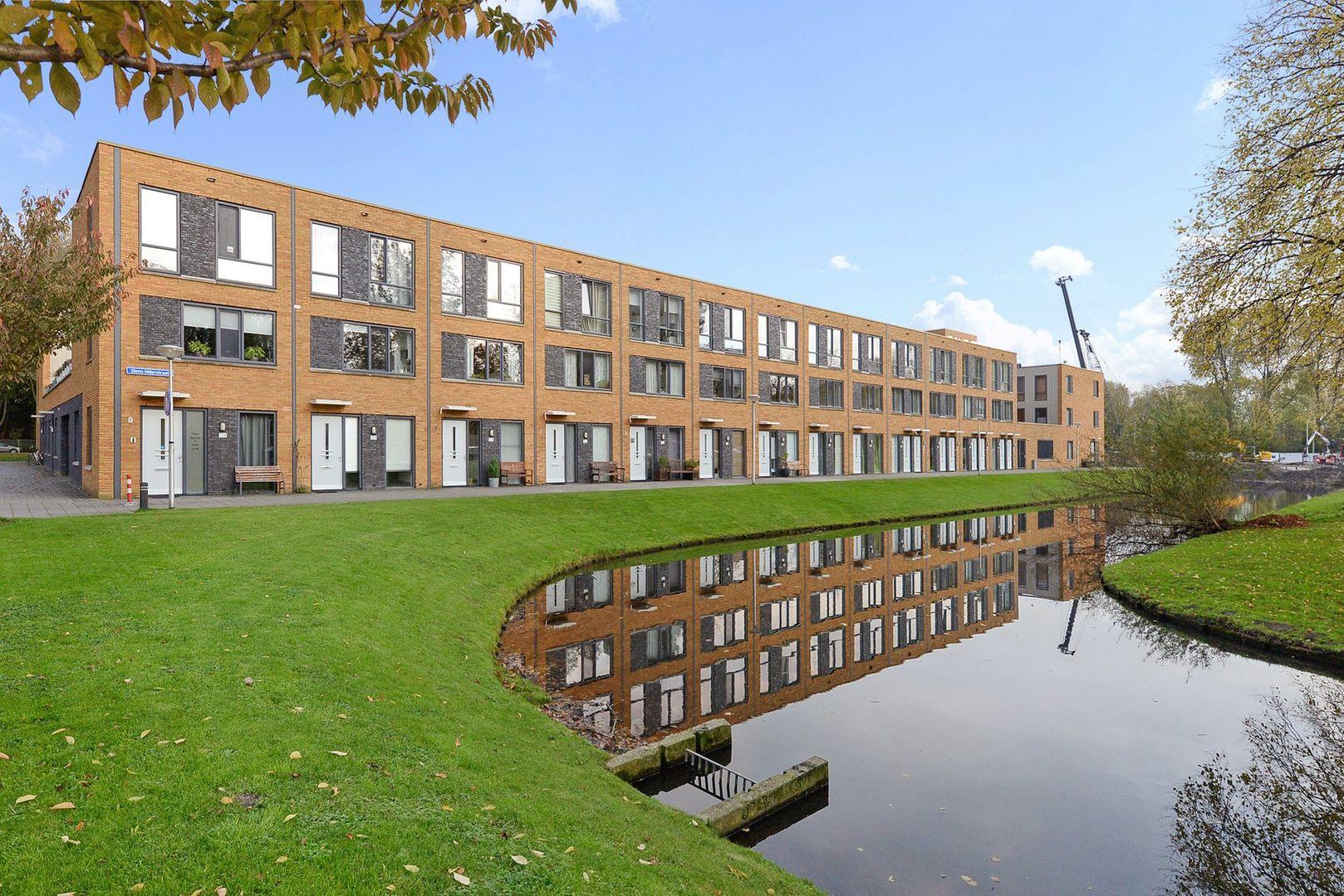 Glenn Millerstraat 94, Delft foto-0