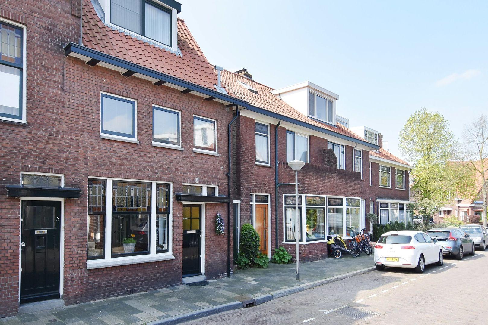 Van Hallstraat 5, Delft foto-0