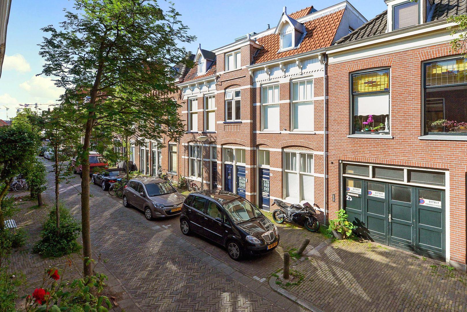 Warmoezierstraat 42, Delft foto-14