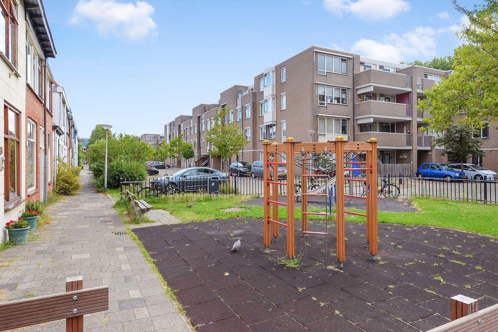 Oostblok 14, Delft foto-6