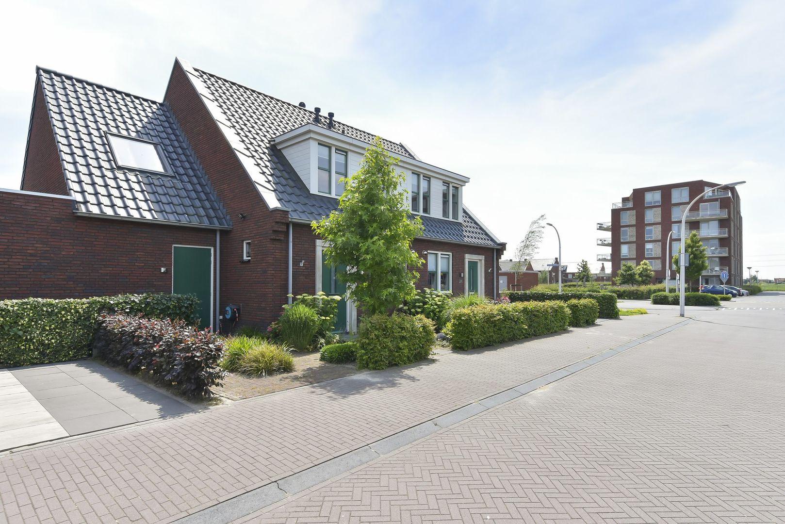 Gasthuisland 9, Den Hoorn foto-0