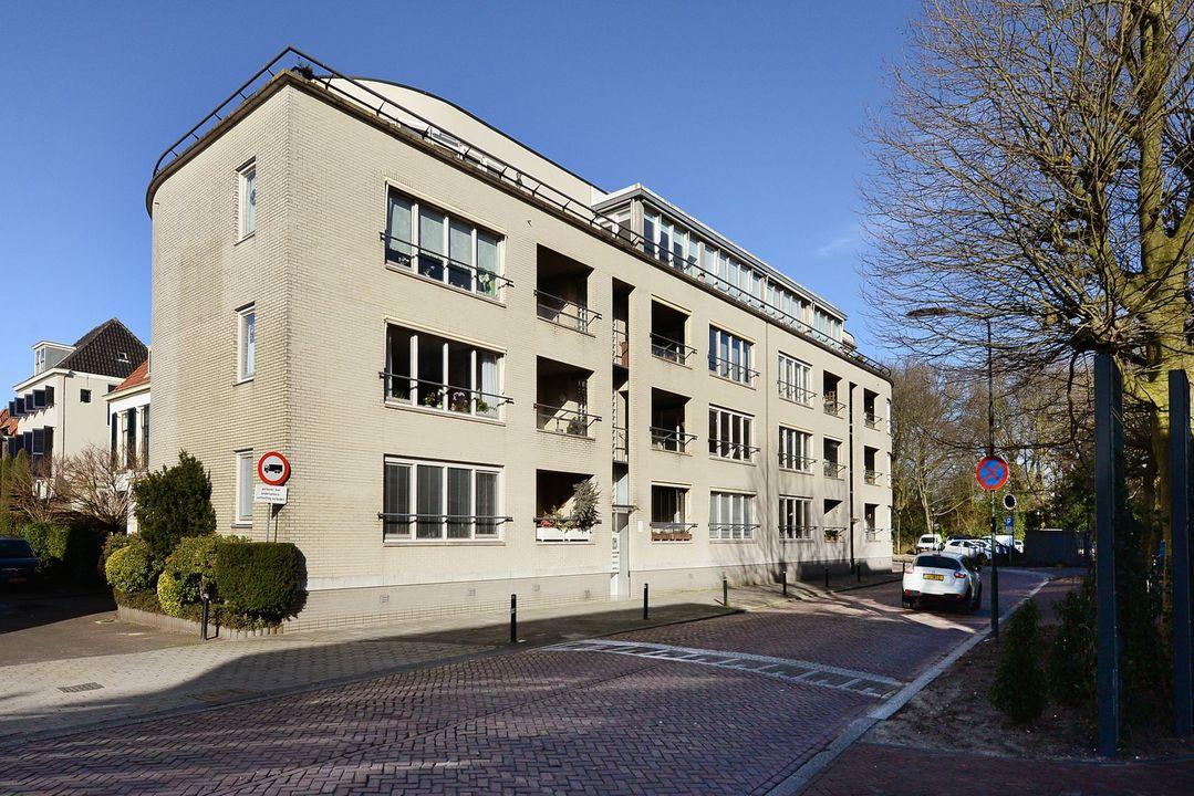 Raadhuisstraat 37, Voorburg foto-0