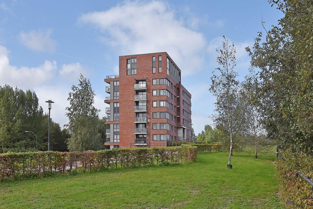 Burgemeester Nederbragtpark 11, Voorburg foto-0