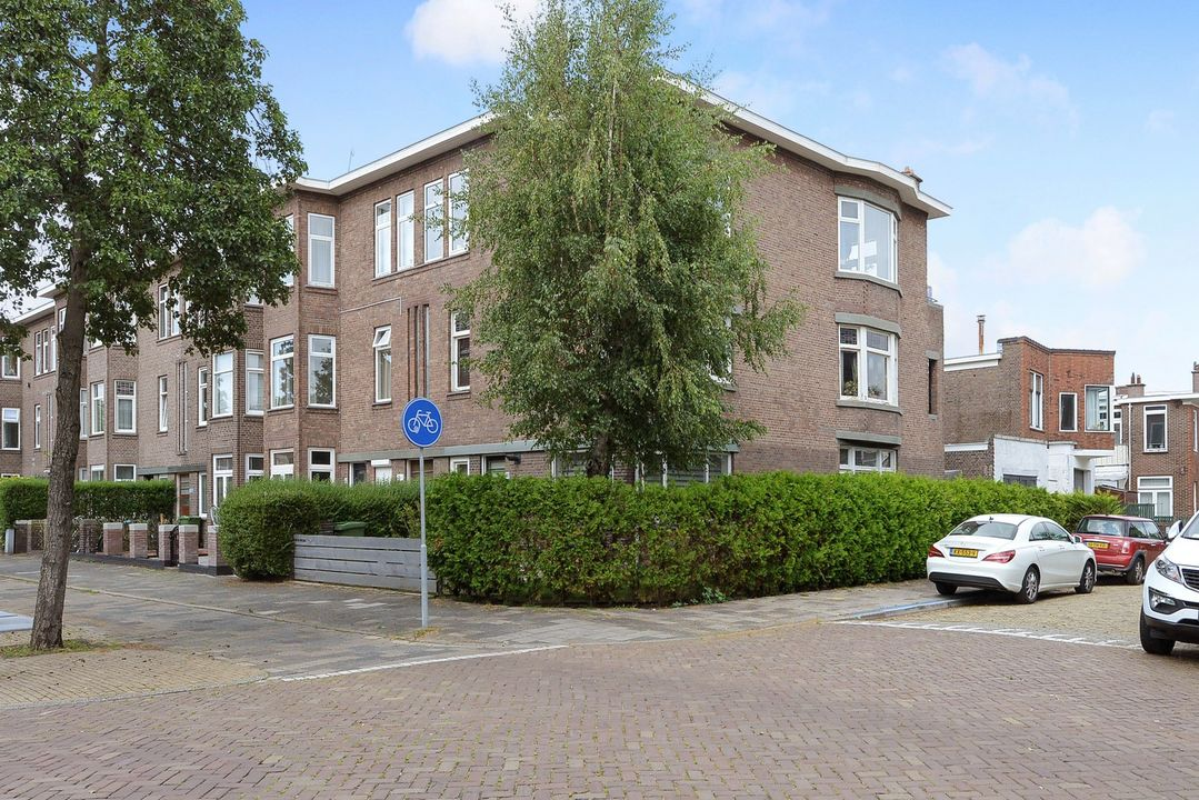 Koningin Wilhelminalaan 411, Voorburg foto-0