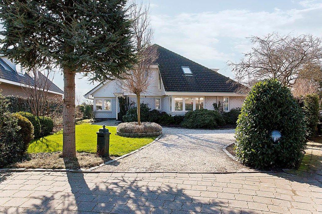 Donata Steurhof, Volendam