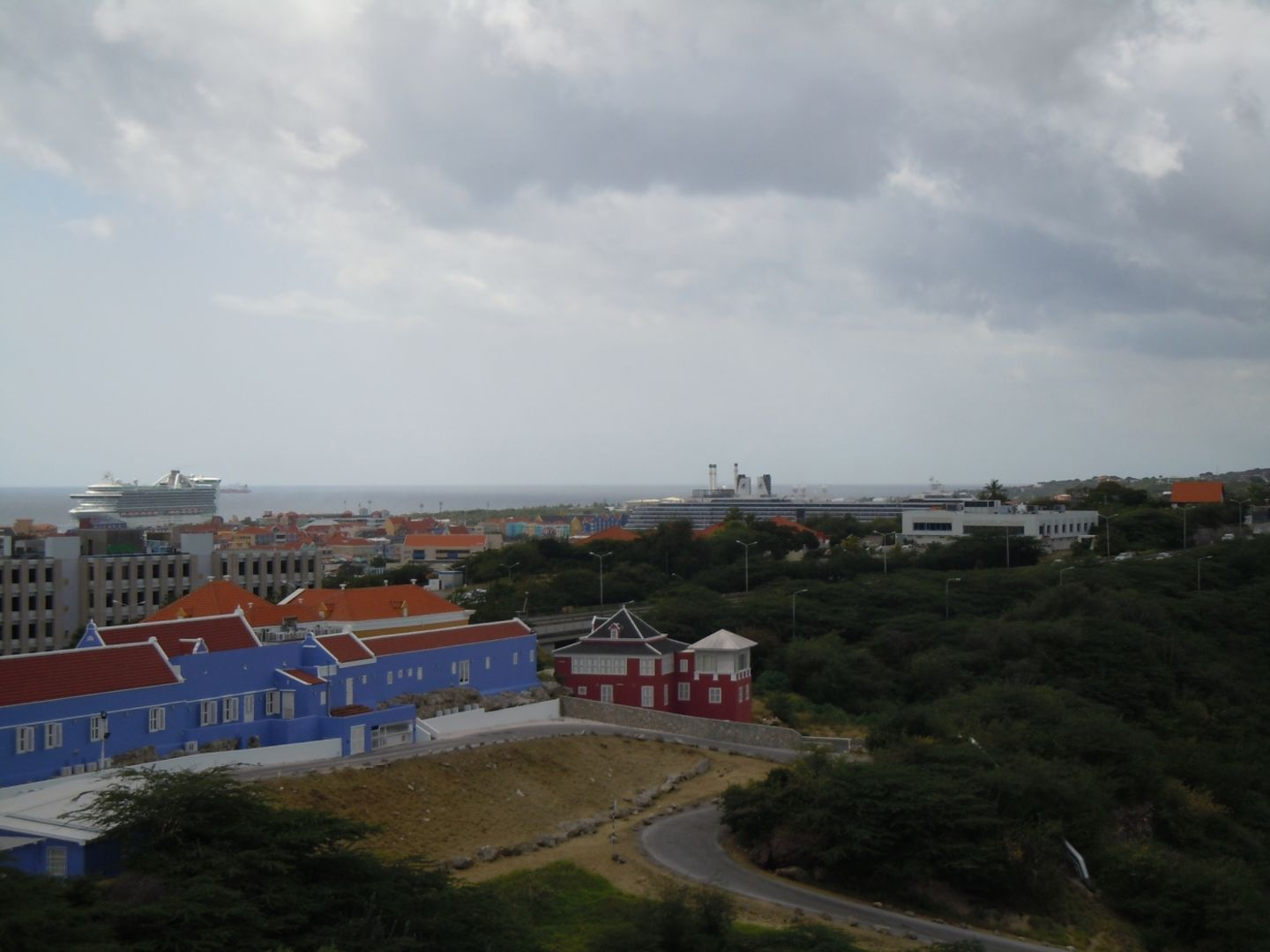Ara Hill Top 2 Penthouses, Willemstad foto-13