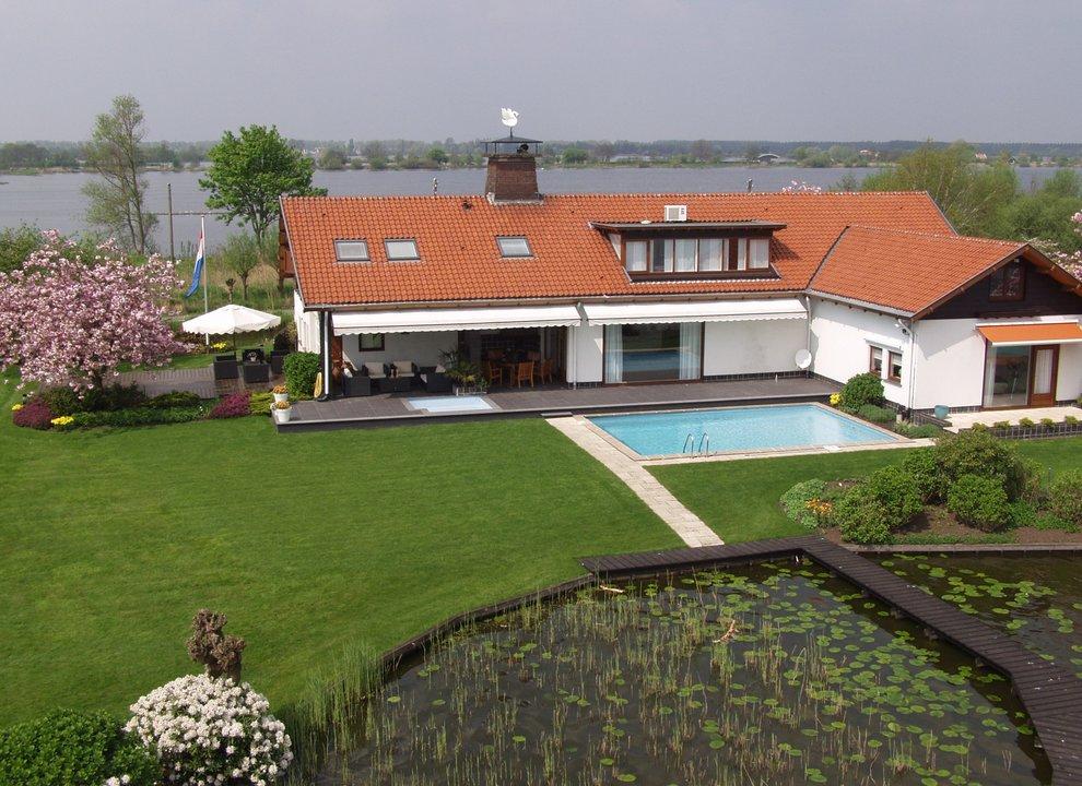 biệt thự / Nhà phố vì Bán tại Lecksdijk 10 - 16 Lecksdijk 10 - 16 Reeuwijk, South Holland,2811NK Hà Lan
