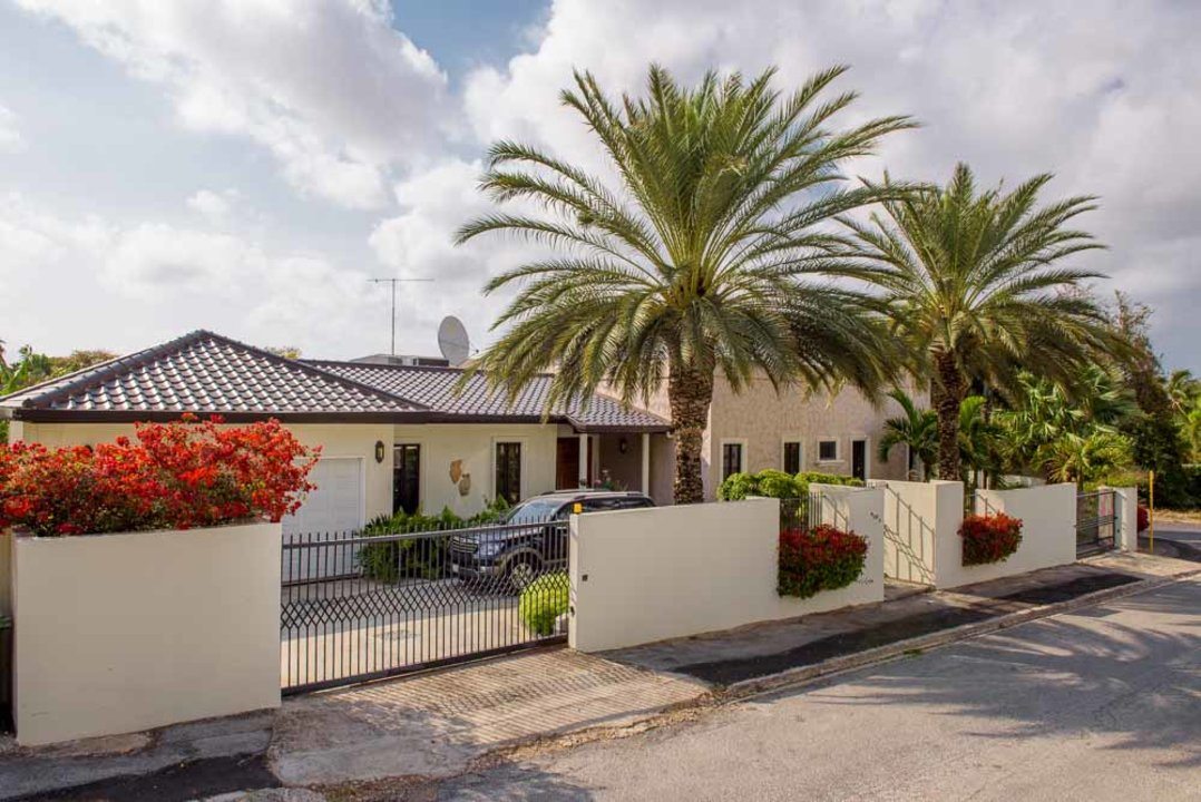 Additional photo for property listing at Kaya Urdal 113 Curacao
