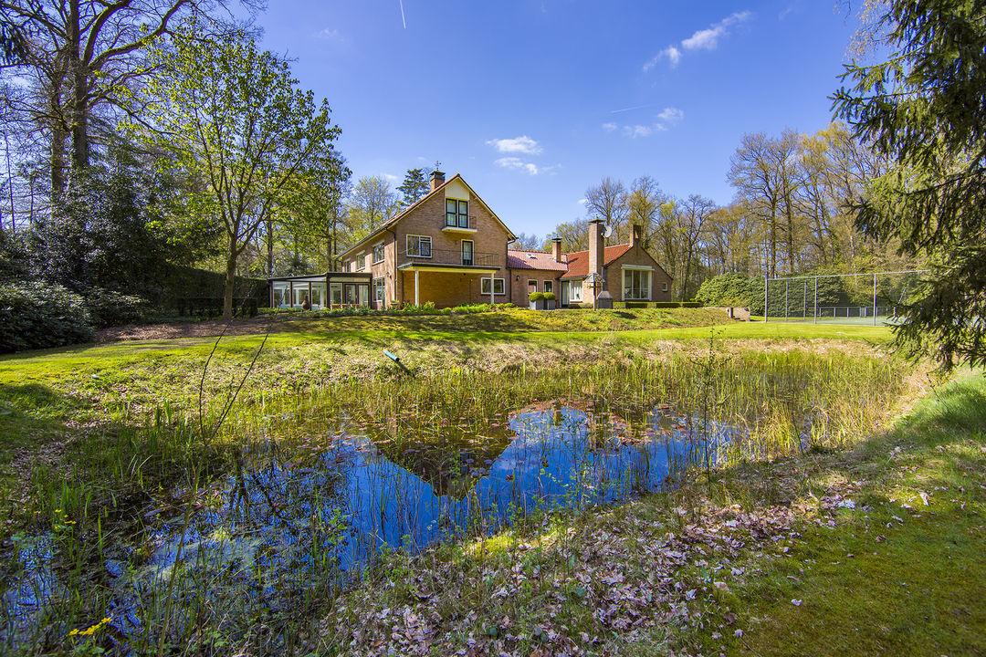 Villa / Casas de paredes comunes por un Venta en Oude Borculoseweg 4 Oude Borculoseweg 4 Warnsveld, Gelderland,7231PP Países Bajos