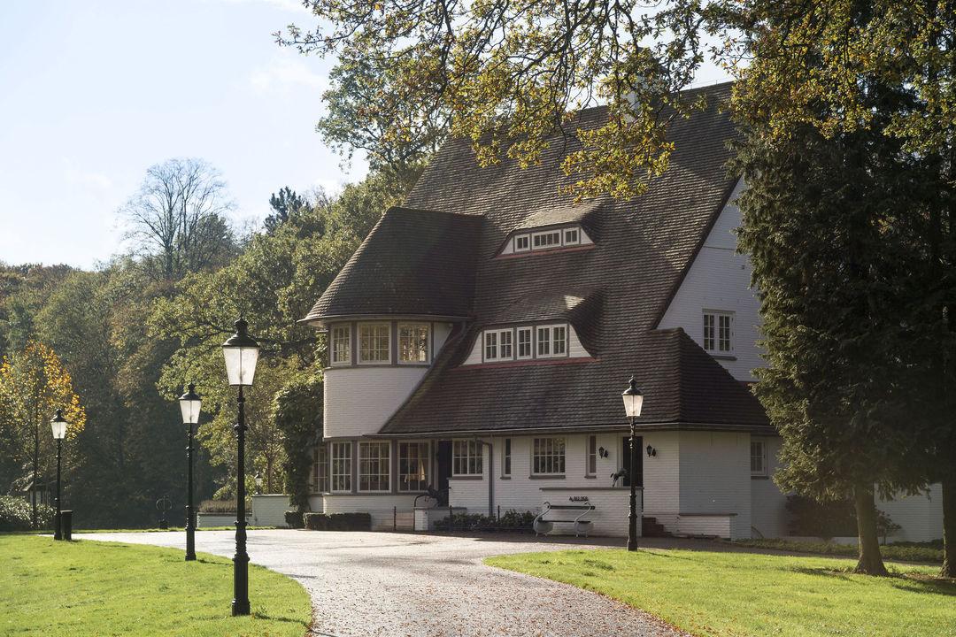 Villas / Moradias em banda para Venda às Enschedesestraat 382 Enschedesestraat 382 Hengelo, Overijssel,7552CP Holanda