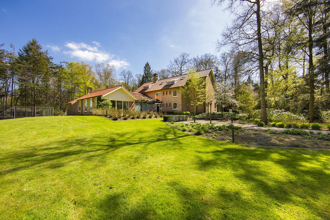 Villas / Townhouses için Satış at Oude Borculoseweg 4 Oude Borculoseweg 4 Warnsveld, Gelderland,7231PP Hollanda