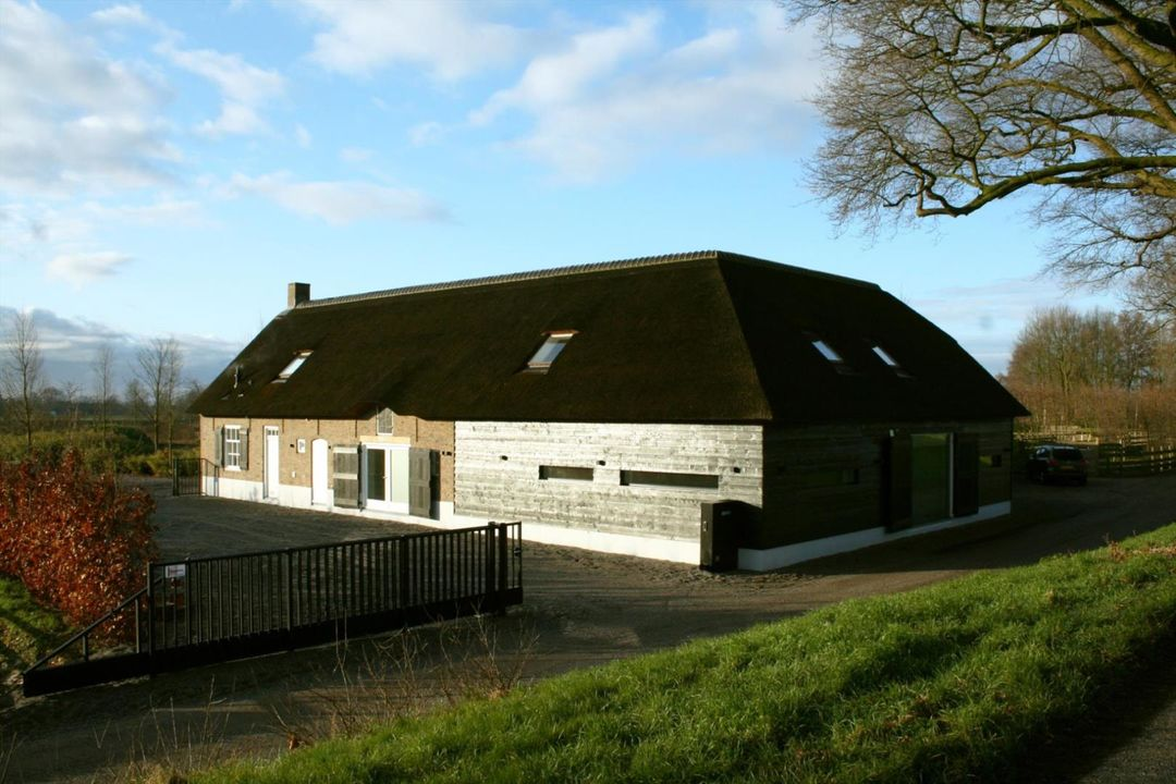 Additional photo for property listing at Helkantsedijk 26 Helkantsedijk 26 Hooge Zwaluwe, North Brabant,4927RJ Pays-Bas