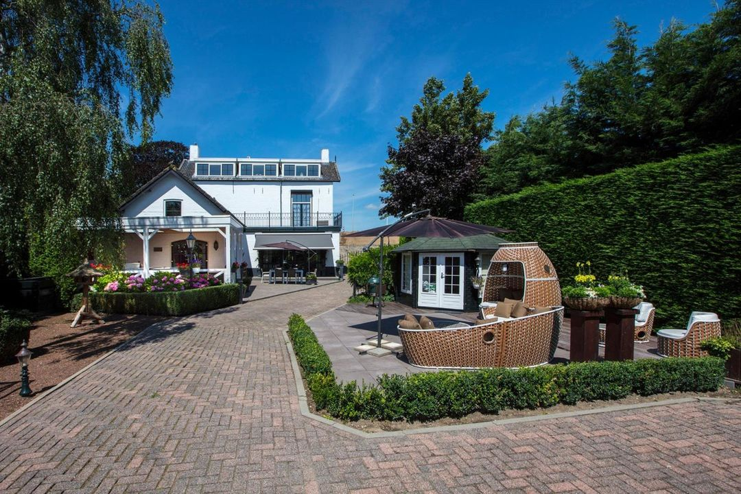 Additional photo for property listing at Nieuwe Veer 114 Nieuwe Veer 114 Streefkerk, South Holland,2959AN Pays-Bas