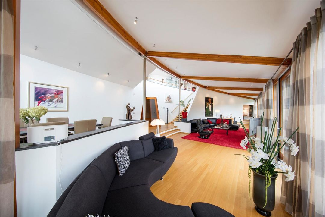 Additional photo for property listing at 's-Gravenweg 502 's-Gravenweg 502 Rotterdam, South Holland,3065SG Holanda