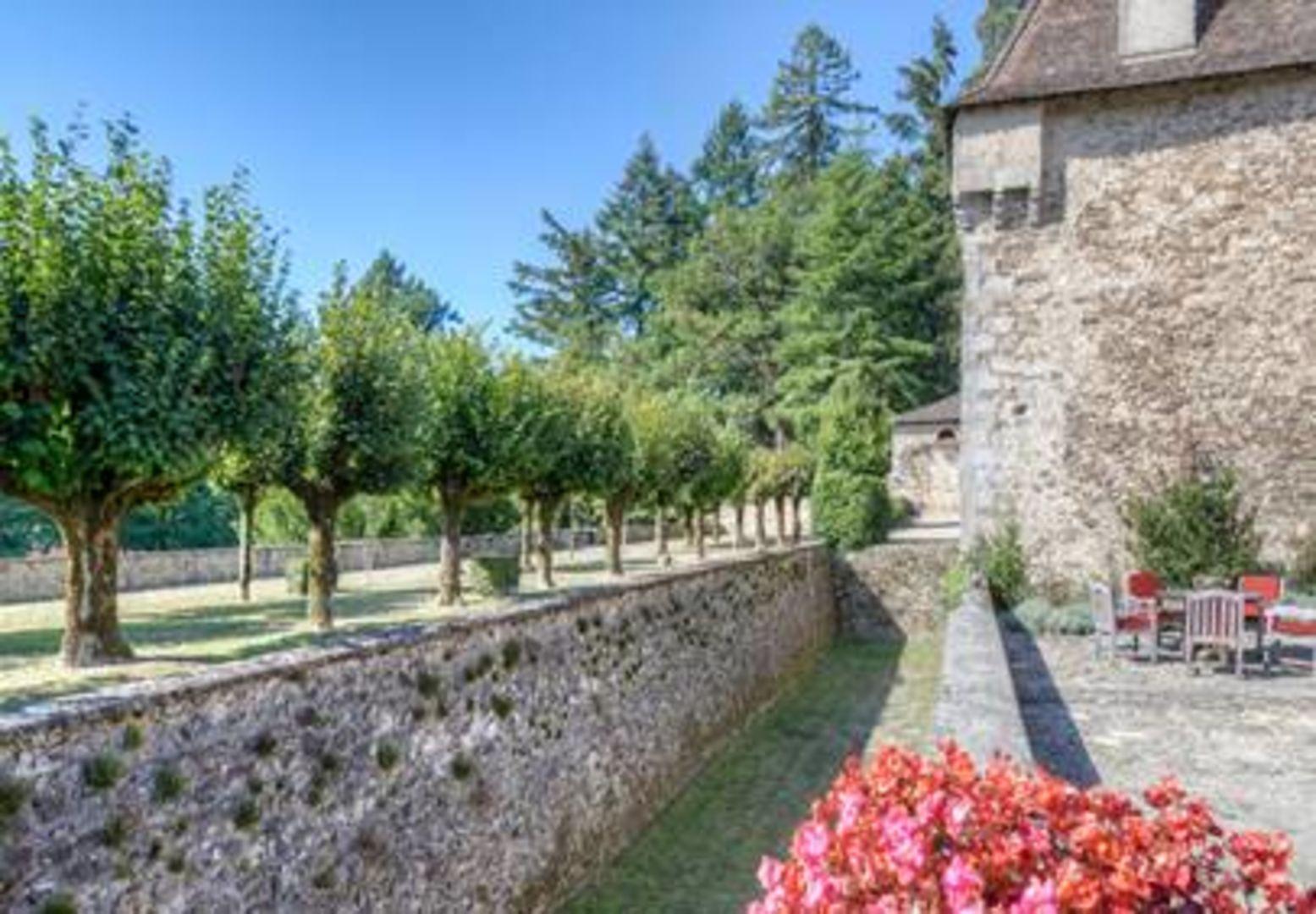 24450, Saint Pierre de Frugie foto-