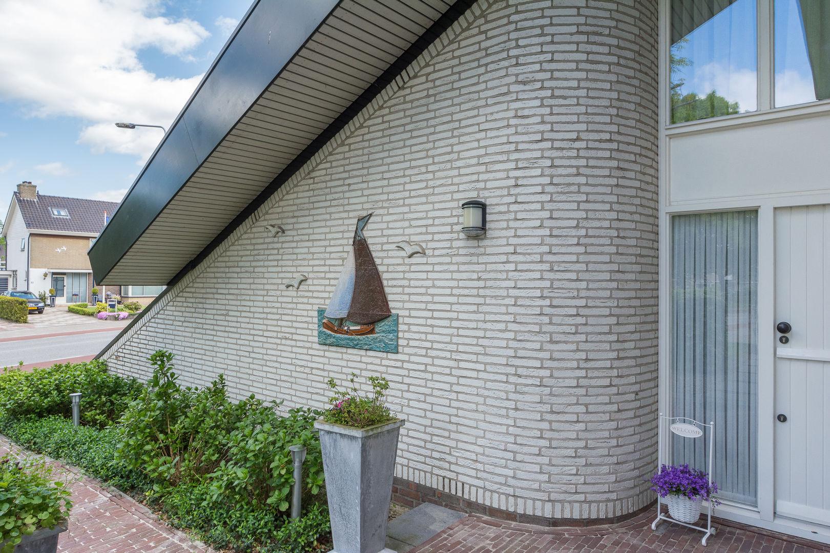 Eikesingel 15, Drachten foto-