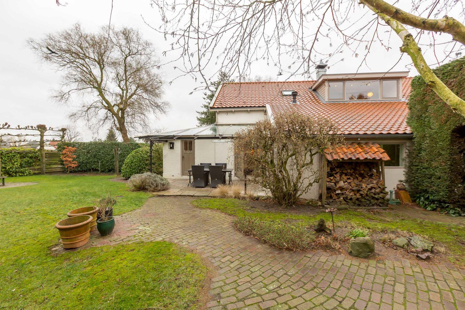 Veldweg 6, Soest foto-