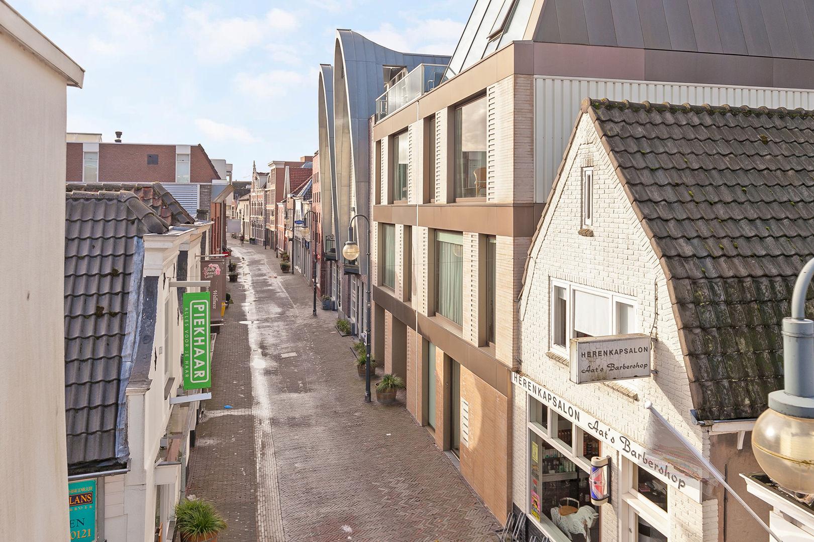 Raadhuisstraat 253 E, Alphen aan den Rijn foto-