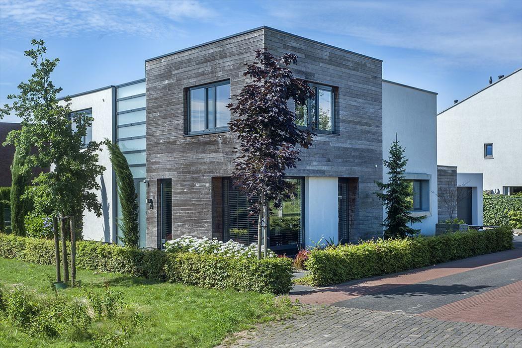 Kromme Haagdijk 23, Helmond foto-
