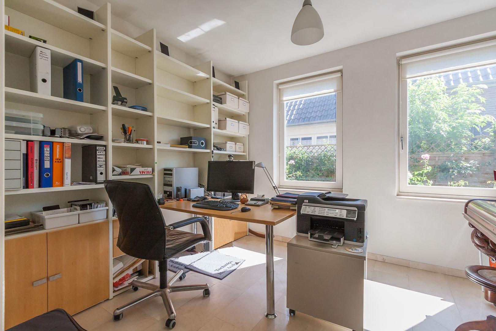 Van Rijswijkstraat 1, Cromvoirt foto-