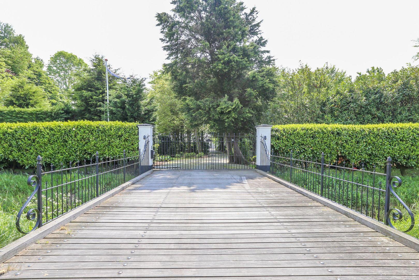Haringvlietweg 2, Hellevoetsluis foto-