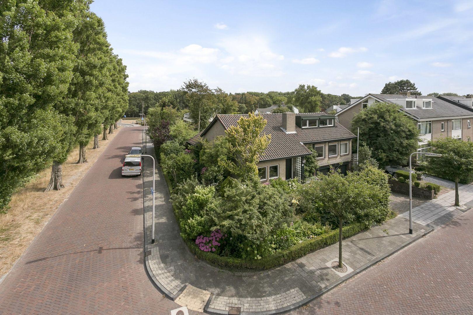 Leeuwenhorstlaan 16, Noordwijk foto-