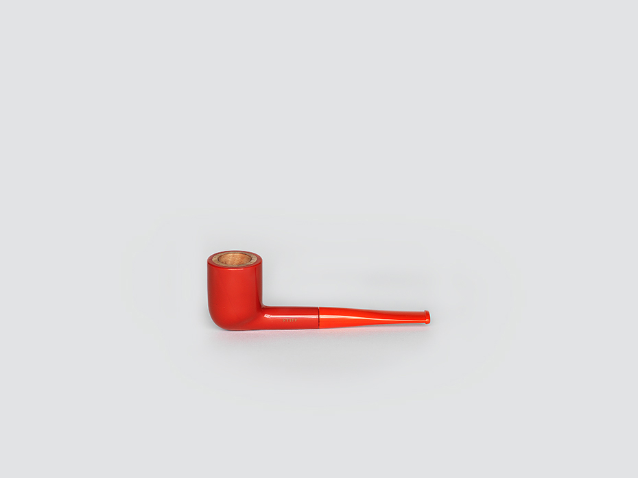 Red Stiff pipe
