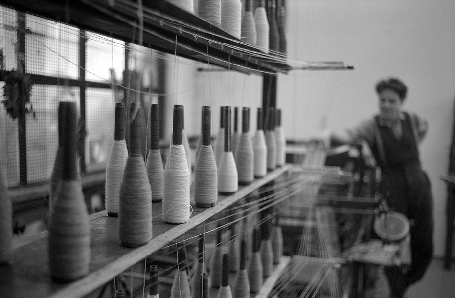 Shelves-and-warping-mill