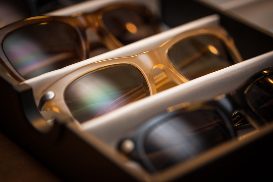 Sunglasses-Oliver-Peoples