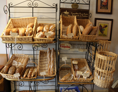 Belle-Epoque-selection-of-breads